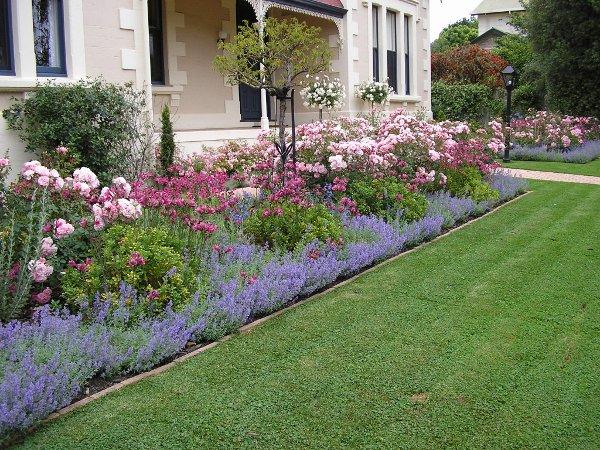 Calary Gardens Mount Gambier English style garden